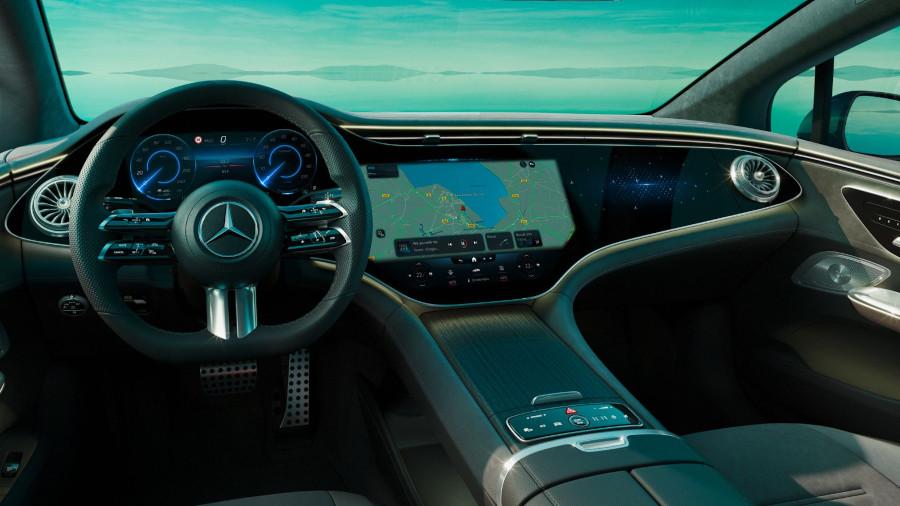 Mercedes-EQE interior